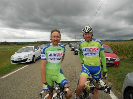 FICHEUX BAROU vainqueur en CLM par équipe de 2.JPG